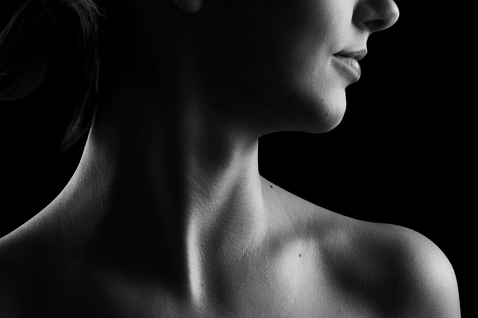 ניתוח מתיחת צוואר